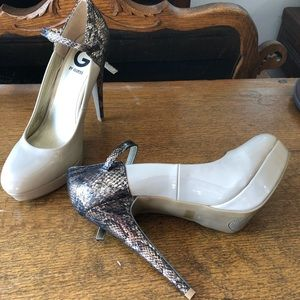 Guess stiletto platform neutral with snake print